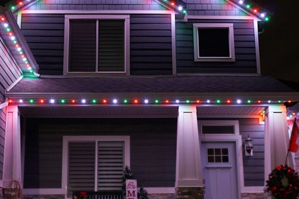 year-round-holiday-lights