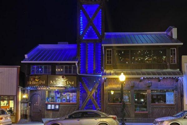 jellyfish-lighting-store-front-lighting